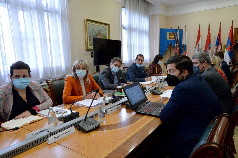 J. Joksimović 和分組協調員關於談判進程